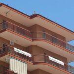 striscione balconi salvini